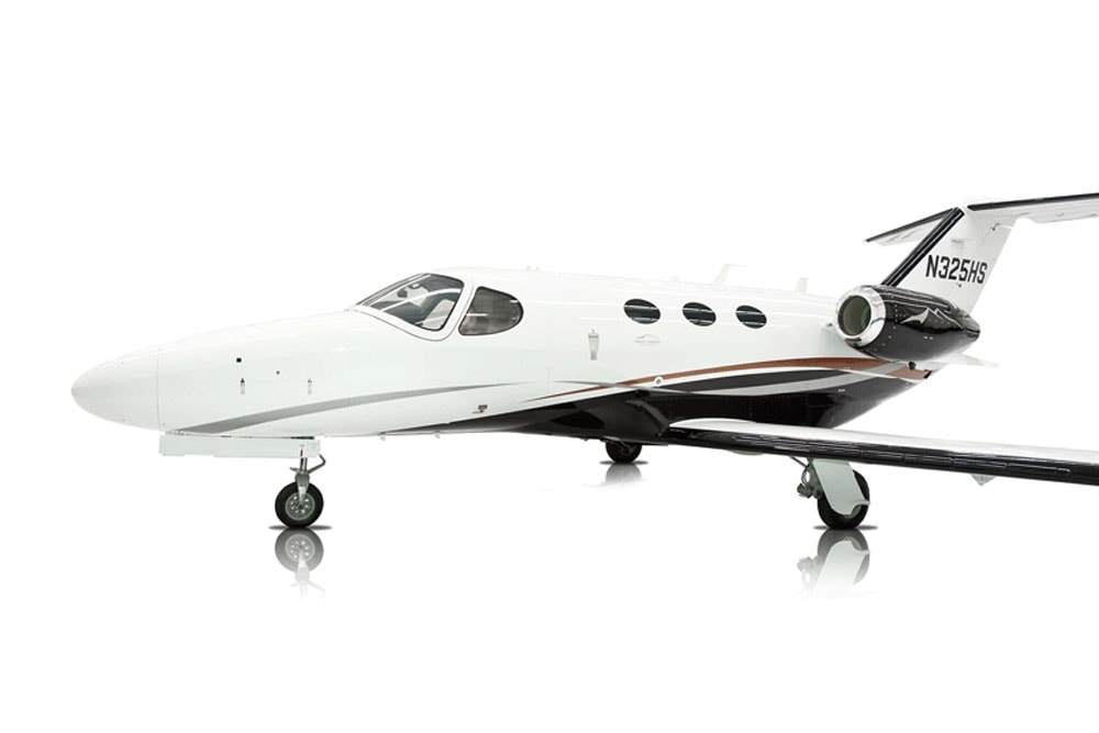 Latitude 33 Aviation Jet N325HS Aircraft
