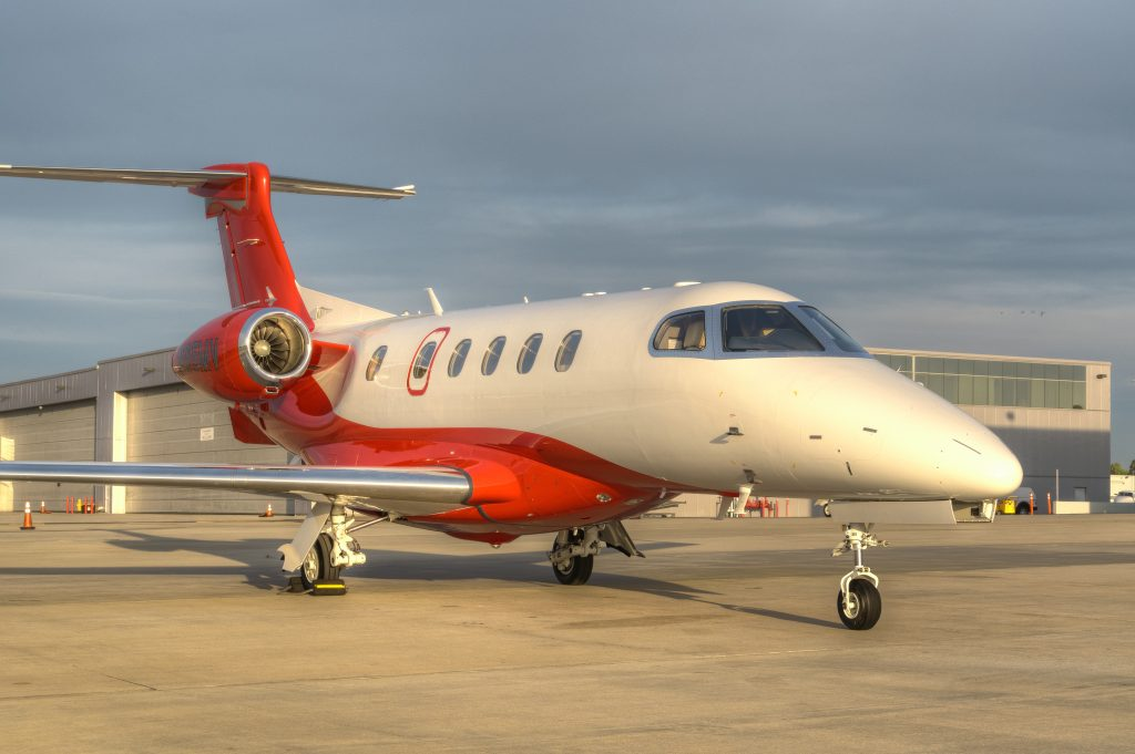 private air charter N165MV