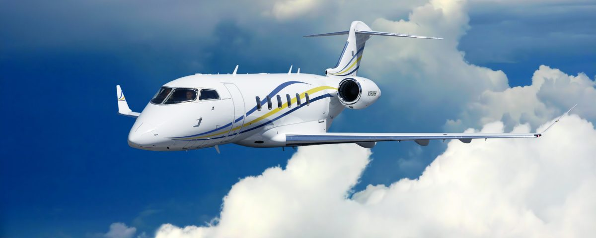 Latitude 33 Aviation Challenger 350