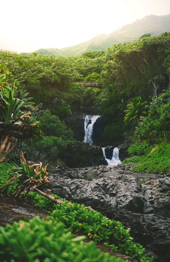 Private jet charter to Hawaii to see waterfalls at seven sacred pools