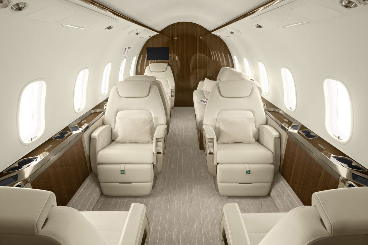 Latitude 33 Aviation accepts challenger 350 with sustainable aviation fuel (SAF)
