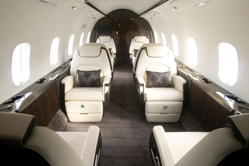 Latitude 33 Aviation's Bombardier Challenger 350 for Charter in Carlsbad Interior